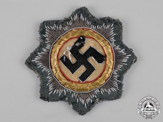 Germany, Wehrmacht. An Army Cross in Gold, Cloth Version, by Hermann Schmuck & Cie.