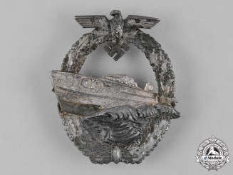 Germany, Kriegsmarine. An E-Boat War Badge, by C. Schwerin & Sohn, 2nd Pattern, Variation 1