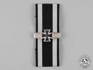 Germany, Federal Republic. A 1914 Iron Cross Ribbon with 1939 Clasp, Post-1957 Reissue