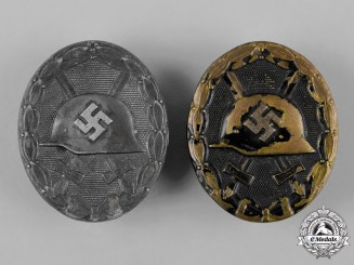 Germany, Wehrmacht. A Pair of Second War Period Wound Badges