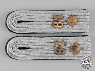 Germany, Heer. A Set of 28th Jäger Division Oberleutnant's Shoulder Boards