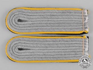 Germany, SS. A Set of Cavalry Untersturmführer Shoulder Boards