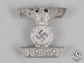 Germany, Wehrmacht. A Clasp to the 1939 Iron Cross II Class, Type II