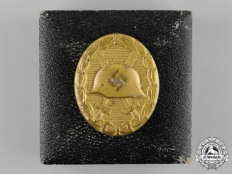 Germany, Wehrmacht. A Wound Badge, Gold Grade, with Case