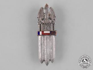 Poland, Republic. Second War 2nd Infantry Rifle Division Badge, Type II