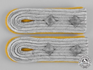 Germany, Heer. A Pair of Heer (Army) Signals Hauptmann Shoulder Boards