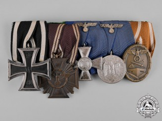 Germany, Wehrmacht. A First and Second World War Medal Bar