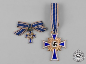 Germany, Third Reich. An Honour Cross of the German Mother, Gold Grade with Miniature