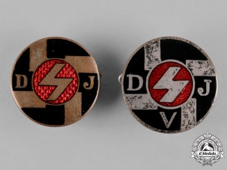 Germany, DJ. A Pair of Deutsches Jungvolk (DJ) Membership Badges