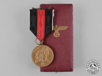 Germany, Wehrmacht. A Sudetenland Medal with Prague Castle Bar, with Case, by Deschler & Sohn
