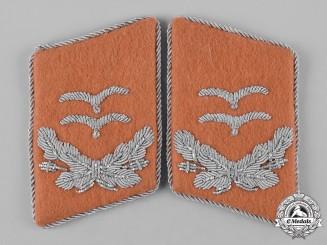 Germany, Luftwaffe. A Set of Luftwaffe Signals Oberleutnant Collar Tabs