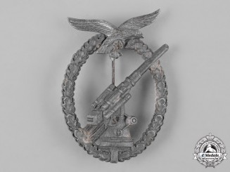 Germany, Luftwaffe. A Luftwaffe Flak Badge