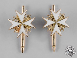 United Kingdom. An Order of St. John in Gold, Cufflinks Pair