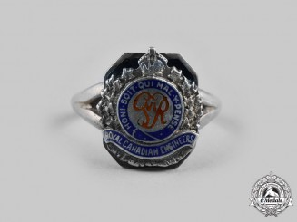 Canada. A Second War Royal Canadian Engineers Ladies Sweetheart Ring