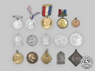 United Kingdom, Canada. A Lot of Fifteen Royal Family Commemorative Medals