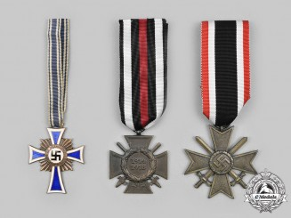 Germany, Third Reich. A Lot of Medals and Decorations