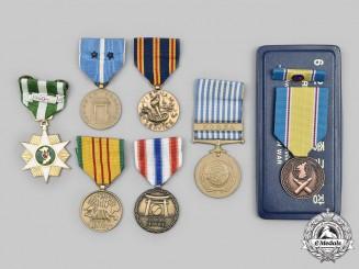United States. A Lot of Seven Korean War and Vietnam War Medals