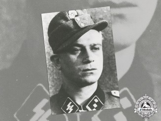 A Post War Signed Print of SS-Hauptsturmführer Helmut Scholz (KC w/Oak Leaves)