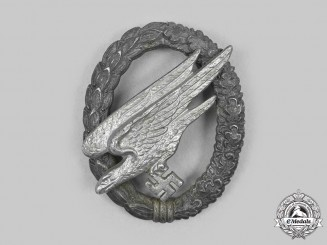 Germany, Luftwaffe. A Fallschirmjäger Badge, Late Example by Steinhauer & Lück