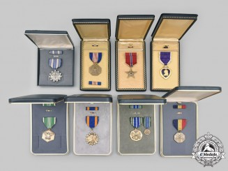 United States. A Lot of Eight Medals with Cases