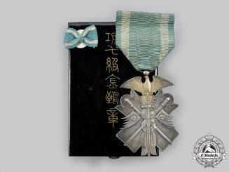 Japan, Empire. An Order of the Golden Kite, VII Class