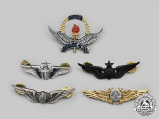 United States. A Lot of Five Navy, Army and Air Force Badges