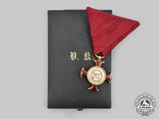 Austria, Imperial. A Merit Cross in Gold, II Class with Case, by V. Mayer's Söhne