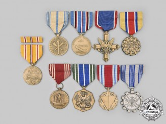 United States. A Lot of Nine Medals