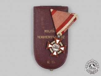 Austria, Empire. A Military Merit Cross, III Class with War Decoration, Cased