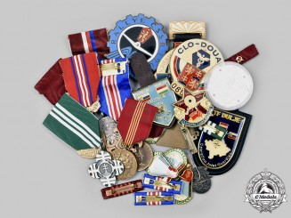 Czechoslovakia, Socialist Republic; Slovakia, Republic. A Lot of Twenty-Two Medals and Badges