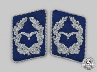 Germany, Luftwaffe. A Set of Medical Major Collar Tabs