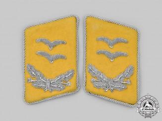 Germany, Luftwaffe. A Set of Flight Personnel Oberleutnant Collar Tabs