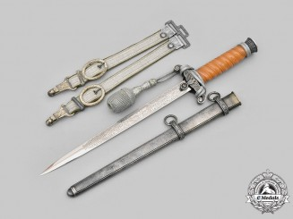 Germany, Heer. A Rare Officer's Etched Blade Dagger with Hanger, by Emil Voos