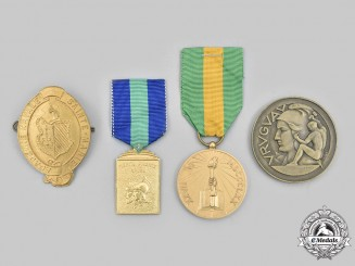 Canada, Mexico, Uruguay, Venezuela. A Lot of Four Badges and Medals