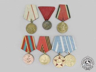 Russia, Soviet Union, Federation; Bulgaria, Kingdom. A Lot of Seven Medals
