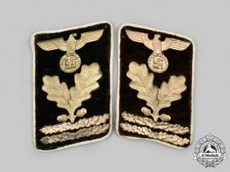 Germany, NSDAP. A Set of Kreis-Level Oberabschnittsleiter Collar Tabs