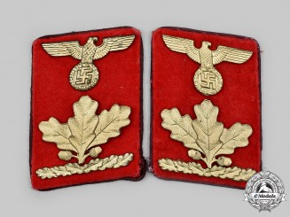 Germany, NSDAP. A Set of Gau-Level Oberdienstleiter Collar Tabs