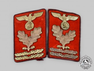 Germany, NSDAP. A Set of Gau-Level Hauptbereichsleiter Collar Tabs