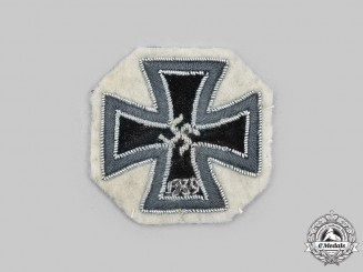 Germany, Wehrmacht. A Rare 1939 Iron Cross I Class, Cloth Version