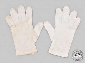 Germany, SS. A Pair of SS Officer's Dress Uniform Gloves