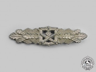 Germany, Wehrmacht. A Close Combat Clasp, Silver Grade, by C.E. Juncker