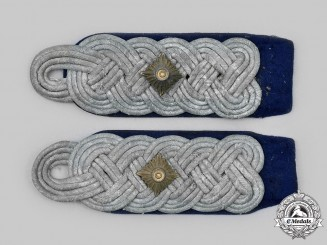 Germany, Wehrmacht. A Set of Medical Oberstleutnant Shoulder Boards