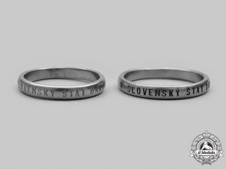 """Slovakia, Republic. Two Second War """"Slovak State Thanks"""" Rings"""