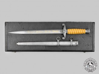 Germany, Heer. A Rare Officers Dress Dagger with Damascus Blade & Presentation Case, by Carl Eickhorn