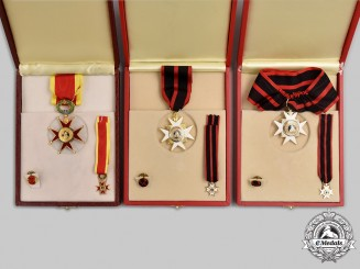 Vatican. A Lot of Three Vatican Orders, Fullsize and Miniature Cased Sets, Modern Issue