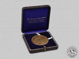 Germany, Weimar Republic. A Thuringia Chamber of Industry and Commerce Merit Medal in Case