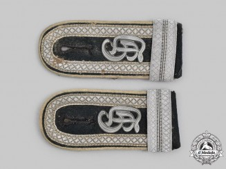 Germany, Heer. A Set of Großdeutschland Division Infantry Feldwebel Officer Candidate Shoulder Straps
