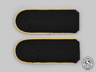 Germany, SS. A Set of Waffen-SS Mann Signals Personnel Shoulder Straps