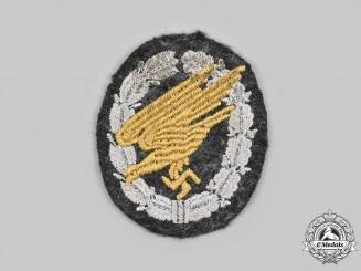 Germany, Luftwaffe. A Fallschirmjäger Badge, Cloth Version