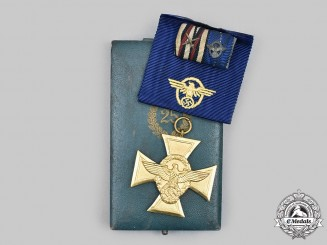 Germany, Ordnungspolizei. A Long Service Decoration, I Class for 25 Years, with Case